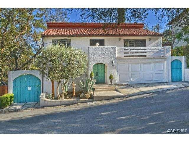 4292 Ensenada Drive, Woodland Hills, CA 91364