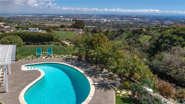 2618 Sunnyside Ridge Road- Rancho Palos Verdes- California 90275, 4 Bedrooms Bedrooms, ,2 BathroomsBathrooms,For Sale,Sunnyside Ridge,SB18080340