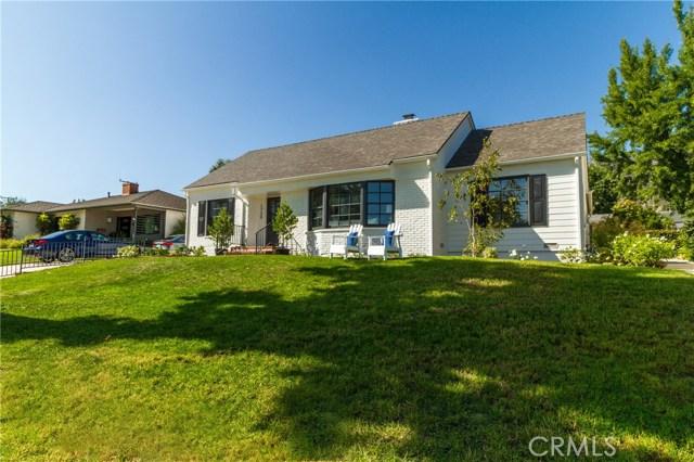 1735 E Calaveras Street, Altadena, CA 91001
