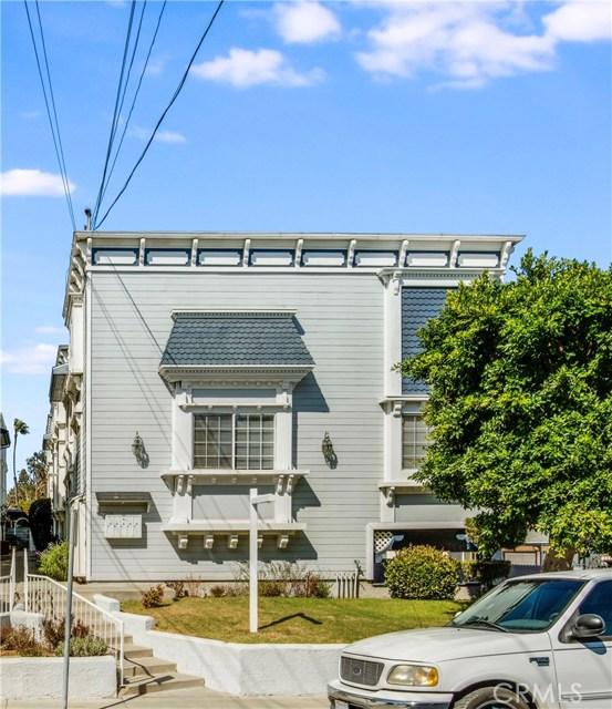 1427 12th Street 1, Manhattan Beach, California 90266, 2 Bedrooms Bedrooms, ,3 BathroomsBathrooms,For Sale,12th,SB20153527