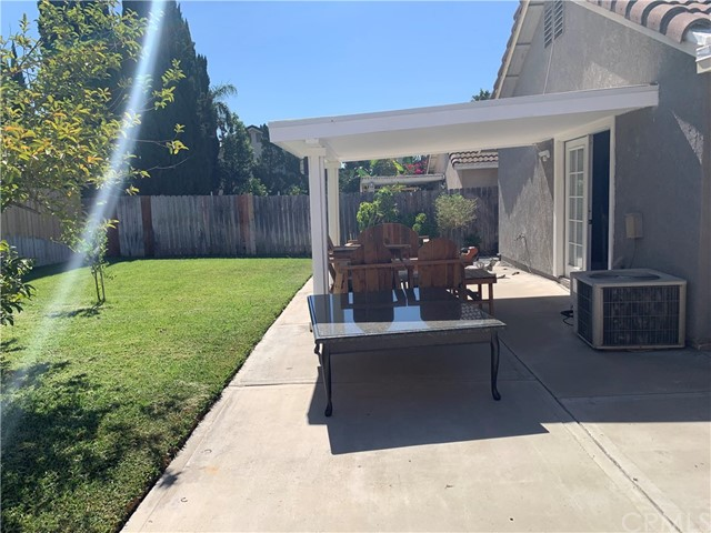 11473 Homewood Place, Fontana CA: https://media.crmls.org/medias/8f20fa80-dba1-42e7-b572-52a8af655a16.jpg