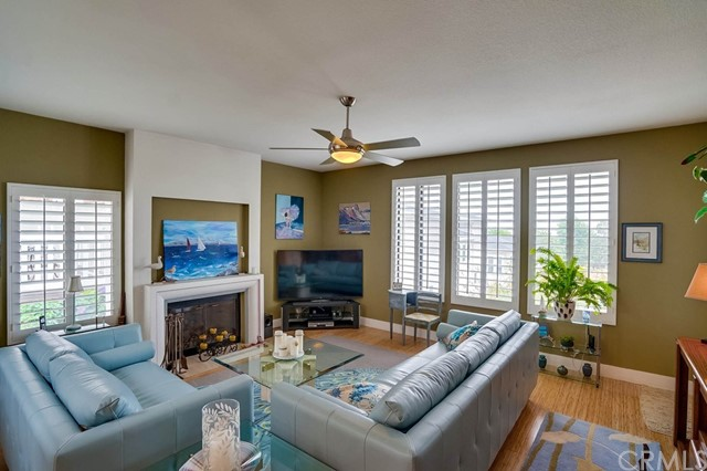 710 Beryl Street, Redondo Beach, California 90277, 3 Bedrooms Bedrooms, ,3 BathroomsBathrooms,For Sale,Beryl,SB20099707