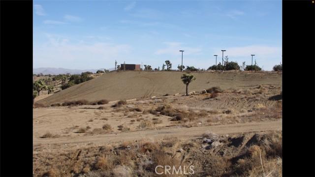 10520 Phelan Rd, Oak Hills, CA 92344 Photo 1
