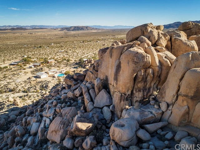 7153 White Feather Road, Joshua Tree, CA 92252