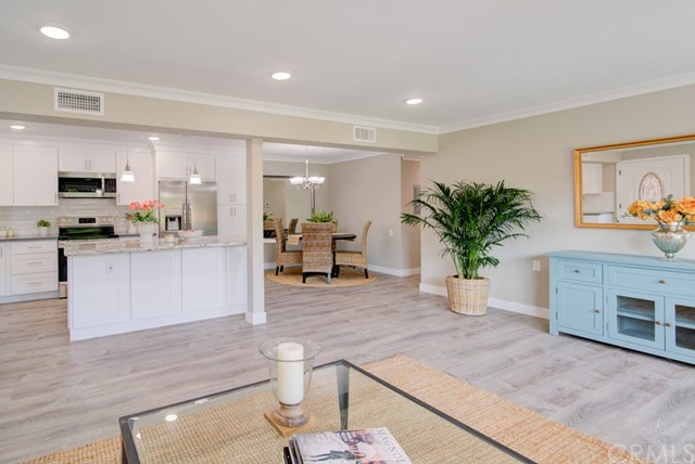 2244  Via Puerta, Laguna Woods, California