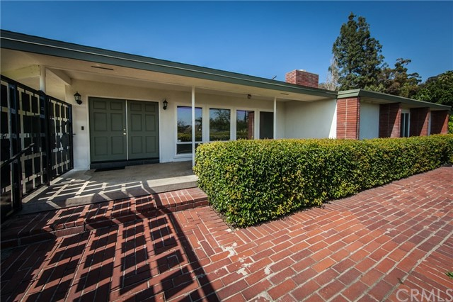 1500 Bonita Vista Drive, San Bernardino, CA 92404