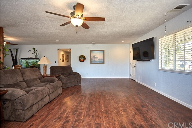 10054 Trade Post Rd, Lucerne Valley, CA 92356 Photo 8