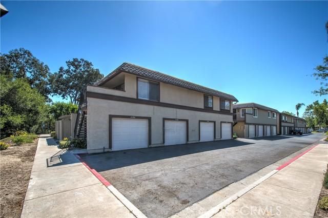 26388 Via Roble 16, Mission Viejo, CA 92691