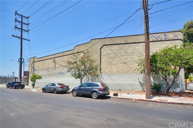 Perfect location close to Art District of Los Angeles and Great investment opportunity near Downtown LA for owner or investors. This is located LAM3 zoned freestanding industrial building in Prime DTLA. The size of the commercial property is 21,360 square footage of building and total 35,533 square footage of lot, and the property consists of a warehouse with high ceiling of approximately 25 ft clear height and clean and luxurious style of office. The property also has fenced and secured parking / yard with automatic gate opener system. This is extremely unique style (ONE OF KIND) of building structure in DTLA and this ONE OF KIND industrial warehouse is perfectly suitable for manufacturing, warehousing, or creative use of variety of different businesses such as cultivation for use of Cannabis. Don't miss your chance to make this property yours. To view property, an appointment is required. Please visit the virtual tour of this wonderful property; https://youtu.be/Nfb2lz66-QM