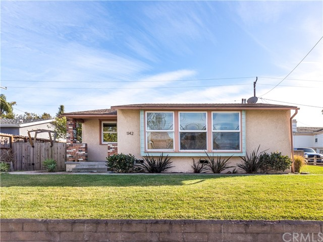 1142 23rd Street, Manhattan Beach, California 90266, 3 Bedrooms Bedrooms, ,1 BathroomBathrooms,Single family residence,For Sale,23rd,SB21029088