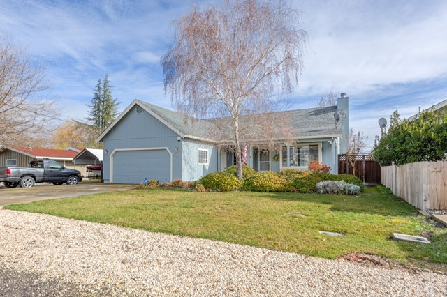 2740 Reeves Lane, Lakeport, CA 95453