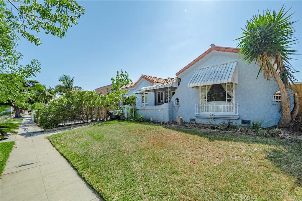 2111   S Highland Avenue, Los Angeles CA 90016