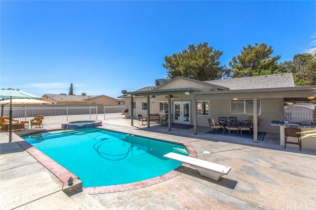 36. 26588 Lakeview Drive Helendale, CA 92342