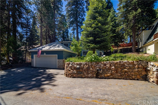 31529 Overhill Drive, Running Springs, CA 92382
