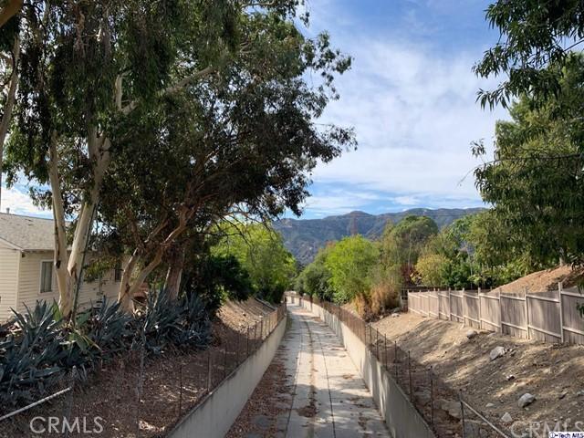 0 Foothill, La Crescenta, CA 91214