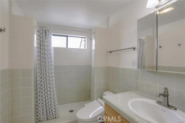 189 Calle Mayor, Redondo Beach, California 90277, 3 Bedrooms Bedrooms, ,2 BathroomsBathrooms,For Sale,Calle Mayor,SB21057030