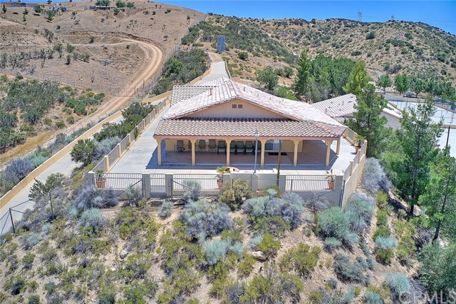 14455 Summit Valley Road, Hesperia, CA 92345