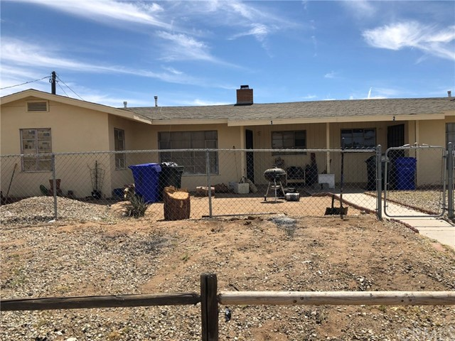 13341 Navajo Road, Apple Valley, CA 92308