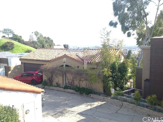 6324 Quebec Drive, Hollywood Hills, CA 90068