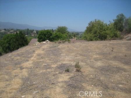 19820 Carmelita Avenue, Corona, CA 92877