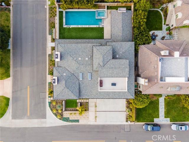 35. 660 Kings Road Newport Beach, CA 92663