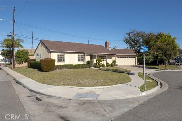 8361 Edam Circle, Huntington Beach, CA 92647