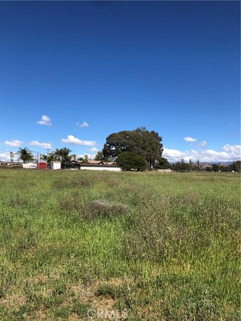 17 Jeranella Court, Moreno Valley, CA 92555