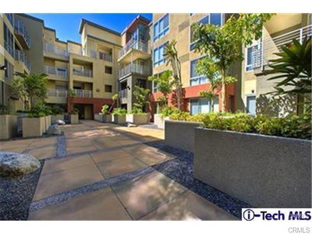 111 S De Lacey Av, Pasadena, CA 91105 Photo 2