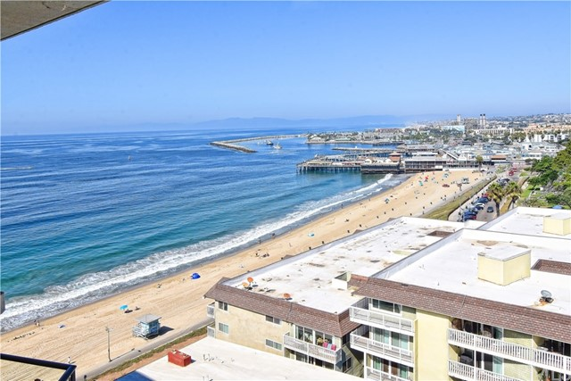 531 Esplanade 903, Redondo Beach, California 90277, 1 Bedroom Bedrooms, ,1 BathroomBathrooms,For Sale,Esplanade,SB20217280