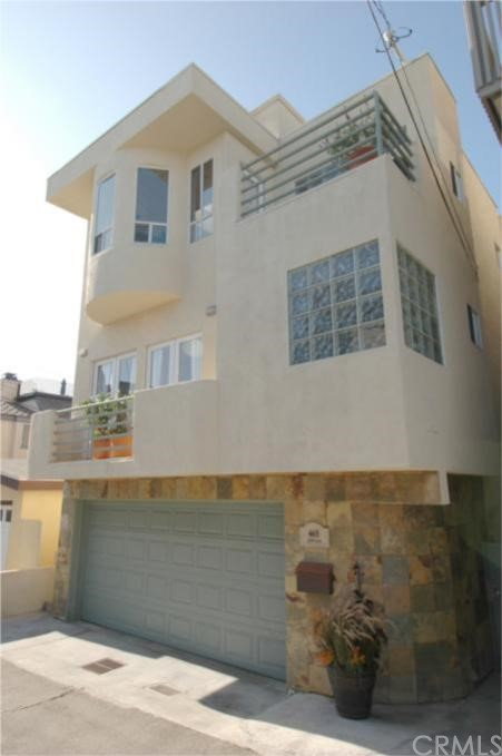 465 26th Place, Manhattan Beach, California 90266, 3 Bedrooms Bedrooms, ,3 BathroomsBathrooms,For Sale,26th,S929282