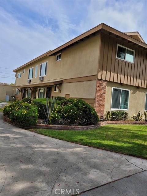 Image 3 of 3523 W Del Monte Dr, Anaheim, CA 92804