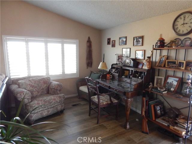 11024 Medlow Av, Oak Hills, CA 92344 Photo 15