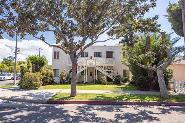 This charming 4-unit two-story apartment sits in a prime area of Santa Monica. Unit mix is comprised of 1-2 bedroom / 1bathroom and 3 -1 bedroom / 1 bathroom with total 2,116 square feet living area on a 5,971 square feet lot. It features a corner lot with alley access. There are 5 on-site parking spots and beautiful landscaped front yard and backyard. Separate gas meters and electricity meters. Some windows were upgraded to double-pane windows.  This rare opportunity is Ideal for an owner/user or investor. Conveniently located near schools, public transportation, shopping, and Santa Monica entertainment. Easy access to 10 and 405 freeways.