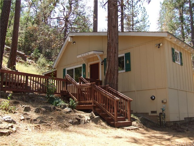 6228 State Highway 140, Midpines, CA 95345