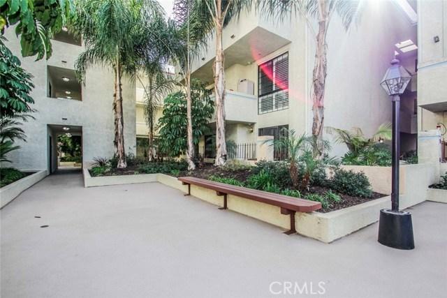 245 S Holliston Av, Pasadena, CA 91106 Photo 23