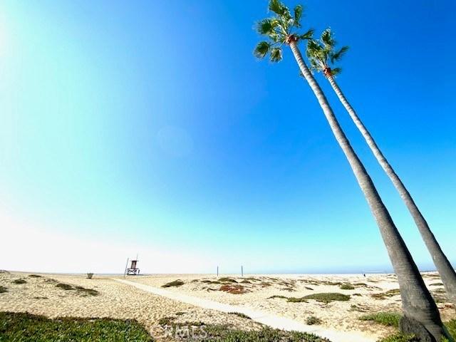 地址: 1515 Ocean Boulevard, Newport Beach, CA 92661