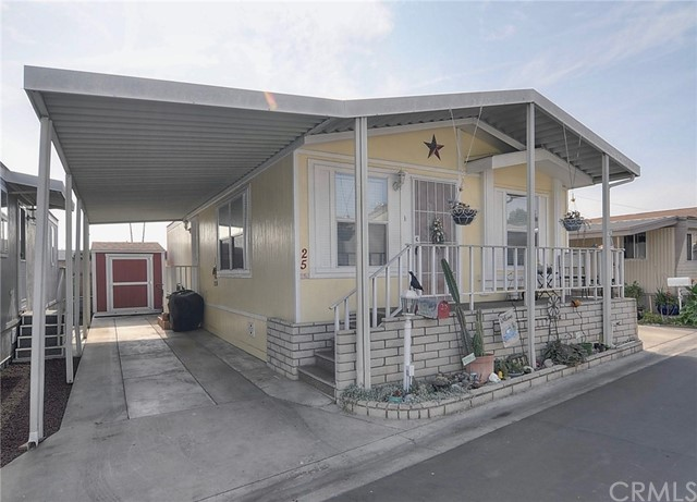 15717 Woodruff Avenue 25, Bellflower, CA 90706