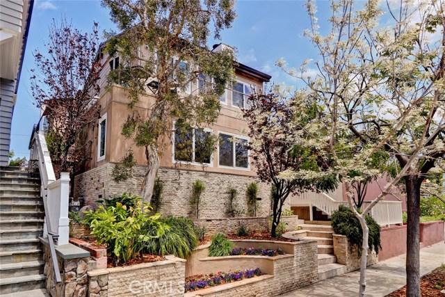 541 2nd Street- Manhattan Beach- California 90266, 3 Bedrooms Bedrooms, ,2 BathroomsBathrooms,For Sale,2nd,SB18117364