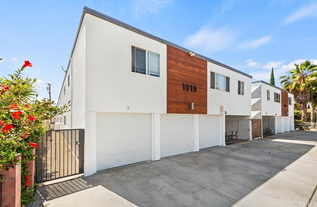 Photo of 1019 1027 Cedar Avenue, Long Beach, CA 90813