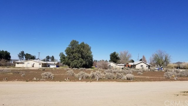 24829 National Trail Hwy A B C, Helendale, CA 92342