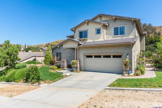 10135 Horsehaven Street, Sun Valley, CA 91352