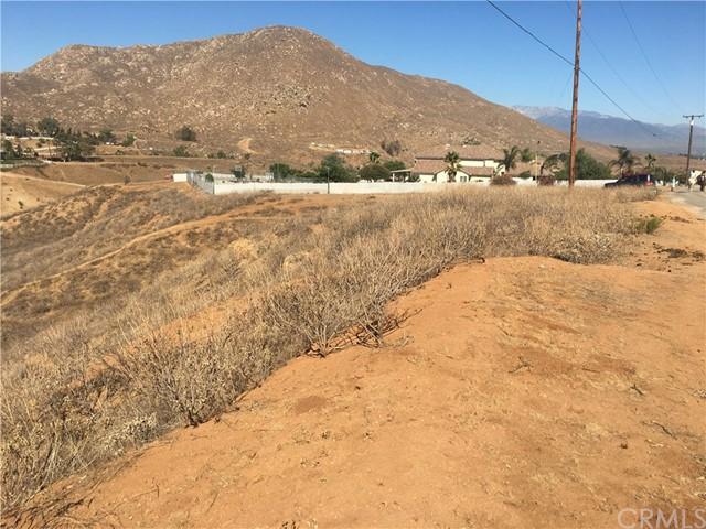 25530002 Luane Tr./ Center Trail, Colton, CA 92313
