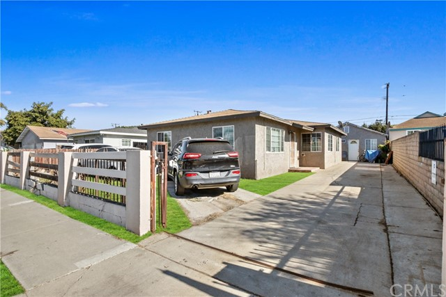 20518 Raymond, Torrance, Los Angeles, California, United States 90502, ,Residential Income,For Sale,Raymond,SB21012163