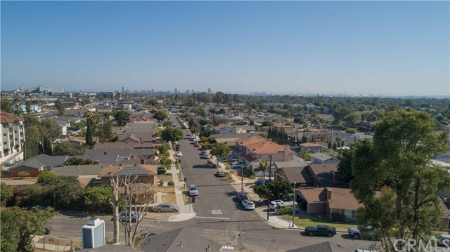 50. 185 E Pepper Drive Long Beach, CA 90807