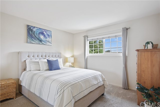 33. 4949 Ironwood Avenue Seal Beach, CA 90740