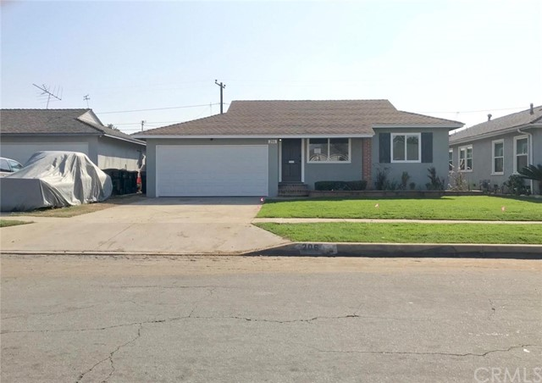 206 E 138th Street, Los Angeles, CA 90061