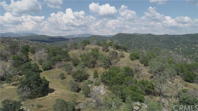 35 Hidden Valley, Mariposa, CA 95338