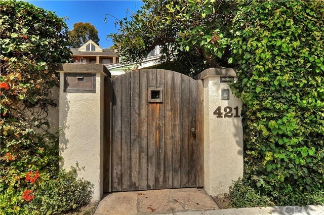 421 Maine Avenue, Long Beach, CA 90802