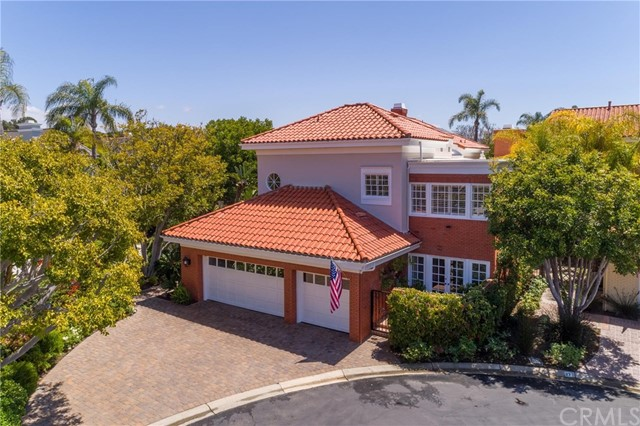 29 Chatham Court   Belcourt Towne Collection (BLTC)   Newport Beach CA