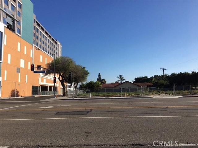 7911 Orangethorpe Avenue, Buena Park, CA 90621